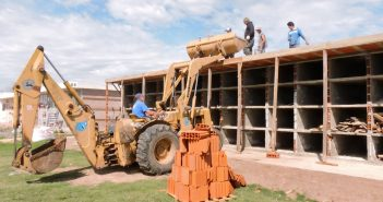 Avanza la construcción de 112 nichos en el Cementerio